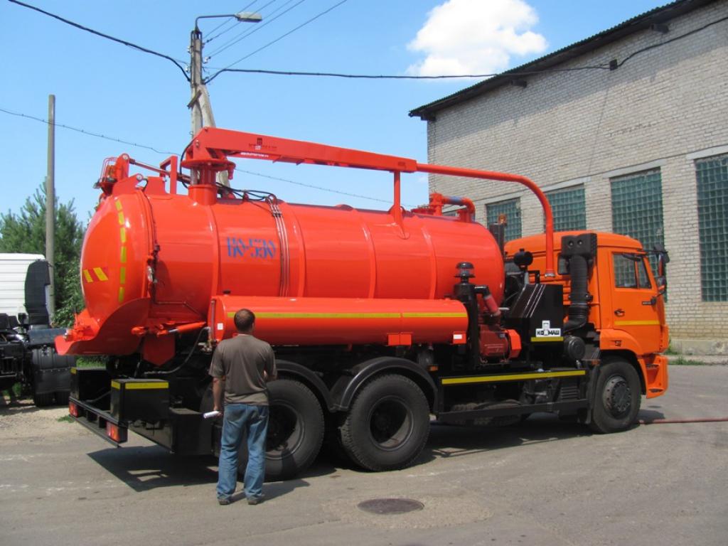 Илососная машина КО-530-01